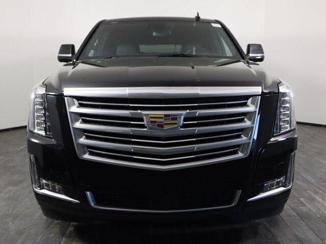 Off Lease Only 2020 Cadillac Escalade ESV Platinum RWD Gas V8 6.2L/376
