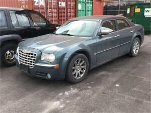 2005 CHRYSLER 300C ***5.7L HEMI***FULLY LOADED***MINT***