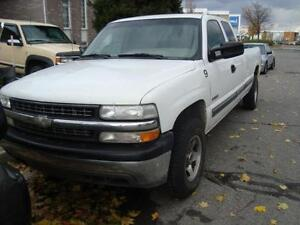 1999/2002 Silverado for parts/pi??ces (GMC)