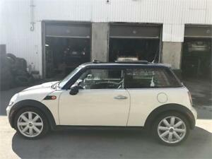 2008 Mini Cooper 4Cylinder Toit panoramique, Cuir, A/C, Mags