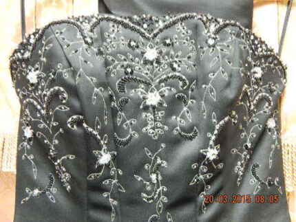 WEDDING OR BALLROOM GOWN SIZE 8   or  10 Paralowie Salisbury Area Preview