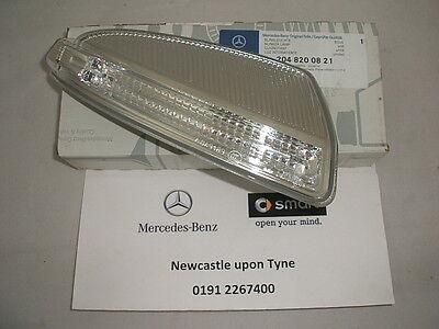 Mercedes-Benz W204 C-Class RH (Drivers) Blinker Indicator Lamp A2048200821 NEW