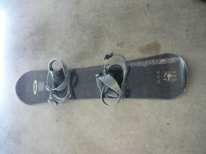 ESP 130cm graphite color snow board with bindings