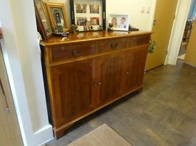 Reproduction Yew Wood Large Sideboard, Regency style, 3 door, 3 drawer – holds loads!