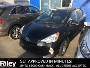 2013 Toyota Prius c LEATHER HEATED SEATS