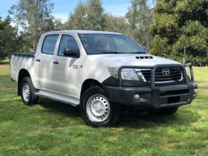 2015 Toyota Hilux KUN26R MY14 SR Double Cab White 5 Speed Automatic Utility Wodonga Wodonga Area Preview