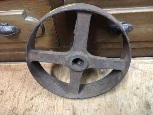 antique CAST IRON FLAT BELT PULLEY 10x2 1/2 GAS ENGINE STEAM CASE EAGLE HIT MISS