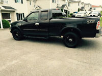2003 Ford F-150 Camionnette 3900 NEGO !!!!