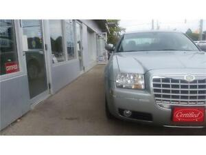 2006 Chrysler 300 Very low km ONLY 31,000km Accident Free