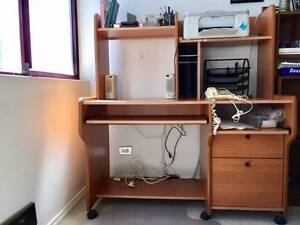 good quality desk with accessory advantages Bondi Junction Eastern Suburbs Preview