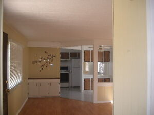 Home For Rent in Paradise Hill