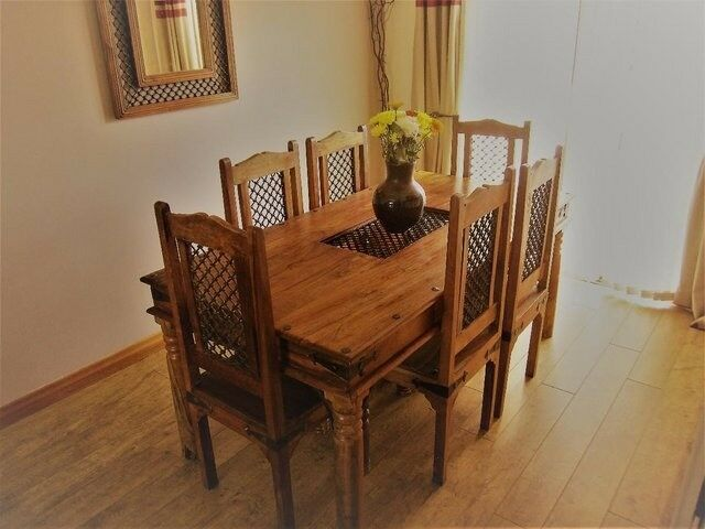 Jali thakhat dining table and 6 chairs