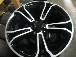 1 USED  ALLOY RIM OF EXPLORER SPORT SUV 2013 AND 2014