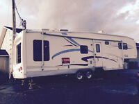 Caravane Sellette (Fifth Wheel)