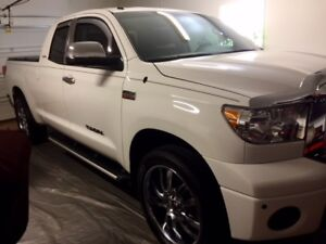 2011 Toyota Tundra Pickup Truck With 10 tires