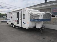 Roulotte hybride Jayco 23 pieds
