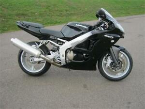 2007 Kawasaki ZZR600 - NOW $3299