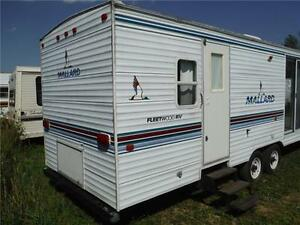 2000 Mallard 29F Park Model trailer with slideout Stratford Kitchener Area image 3