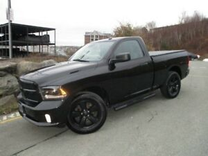 2015 RAM 1500 Express 5.7L HEMI V8 (REDUCED TO $19977!!! REVERSE