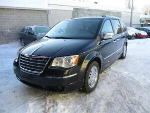 2009 Chrysler Town & Country Limitée (STOW & GO)