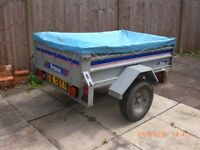 """""""franc"""" Car trailer with tipping body, detachable tailgate plus flat cover & elastic cord."""