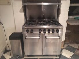 Bartlett Spirit Oven with 6 Burners
