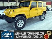 2015 Jeep Wrangler Unlimited Sahara 4X4 *Lift/NAV