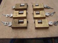 Heavy duty brass padlocks