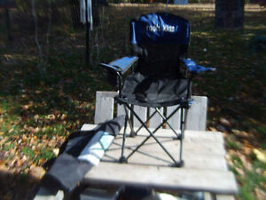 Excellent Condition: Kid's Roots Junior Chair, Drink Holder