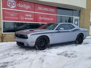 2015 Dodge Challenger R/T HEMI ROOF NAV BLIND SPOT HEATED AND VE