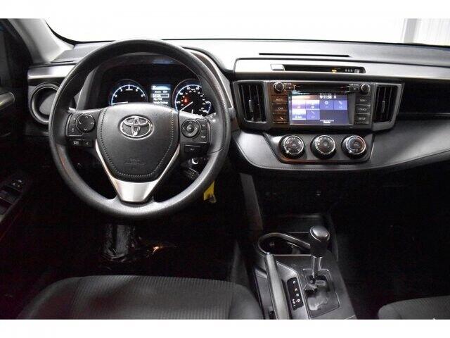 Image 8 Voiture American used Toyota RAV4 2017