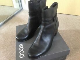 Women boot, genuine leather; Ecco size 8 (41)