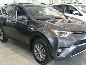 2016 Toyota RAV4 HYBRID XLE AWD, Sundroof, BckUp Cam, Push Butto