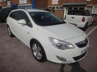 LHD 2012 Opel Astra Sport Estate 1686cc Diesel 5Door. SPANISH REGISTERED