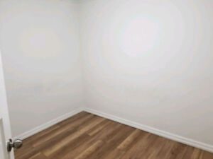 Available NOW Room for Rent 6min drive to University of Ottawa