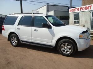 2009 Ford Expedition XLT 4x4 8 Passenger