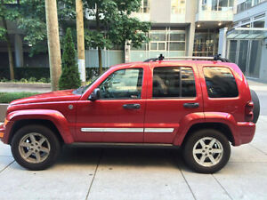 2006 Jeep Liberty Limited - Low Milage