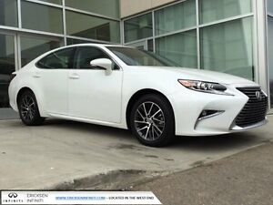 2016 Lexus ES 350 NAVIGATION/HEATED AND COOLED SEATS/HEATED WHEE