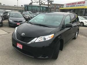 2013 Toyota Sienna LE,8 SEATER,NO ACCIDENTS