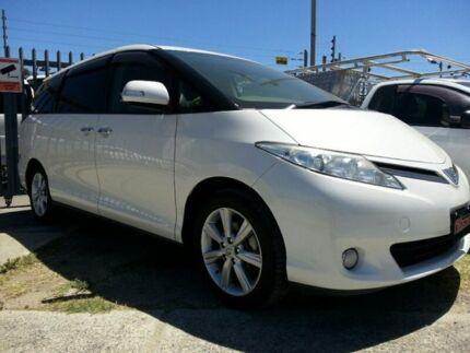 2010 Toyota Estima Pearl White Automatic Wagon