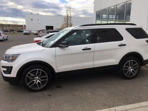 2016 Ford Explorer Sport SUV, Crossover with winter tires