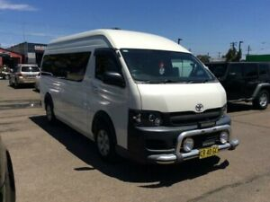 2005 TOYOTA HAICE COMMUTER BUS 14 SEATERS AUTO DIESEL NEW ENGINE RECON ALLOY WHEELS FOG LAMPS DVD LE Lansvale Liverpool Area Preview