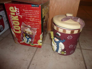 NEW in Box ceramic Christmas cookie jar