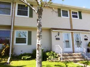 12-076 Spacious and well kept, Dartmouth multi level townhome
