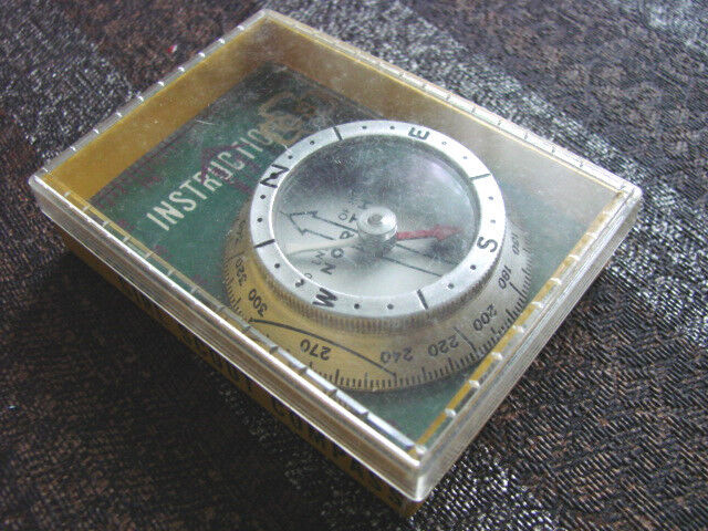 Vintage Girl Scouts Compass SILVA  Official 60s BOX
