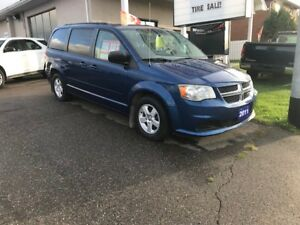 2011 Dodge Grand Caravan Minivan, Van
