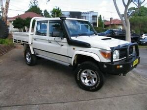 2014 Toyota Landcruiser VDJ79R MY12 Update Workmate (4x4) White 5 Speed Manual Dual Cab Chassis Kingsgrove Canterbury Area Preview