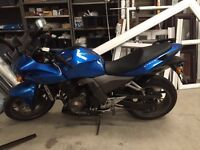 Kawasaki Z750S Motorbike