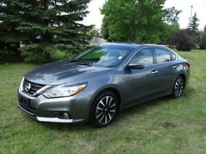 2018 Nissan Altima SV Accident Free,  Heated Seats,  Back-up Cam