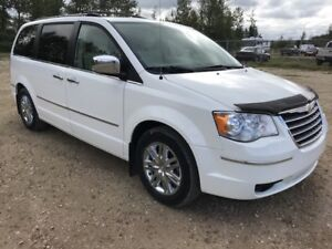 2008 Chrysler Town  Country TOWN  COUNTRY LMT